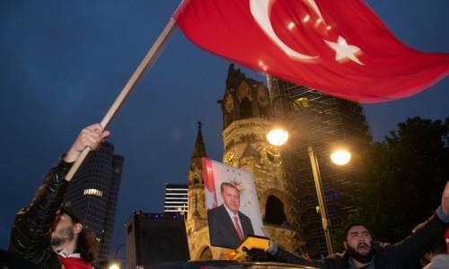 3° lampo – Wir sind die Türken von morgen